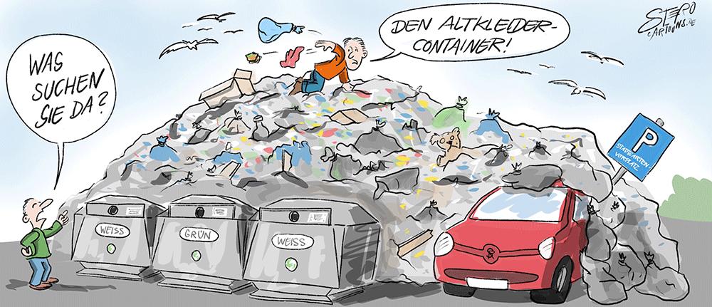 Wilde Müllablage am Glascontainer und Altkleidercontainer