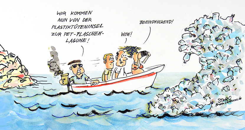 Cartoon--Comic zu Müll im Meer: Touristenboot auf Bali. Der Fremdenführer sagt: Wir kommen jetzt von der Plastiktüteninsel zur PET-Flaschenlagune.